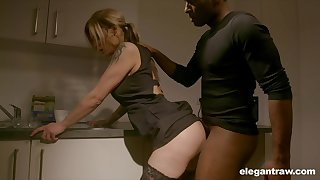 Pale nympho with nice ass Klarissa is becomingly analfucked by black stud