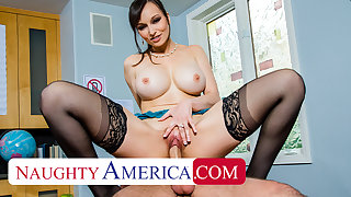 Naughty America - Lexi Luna gives partisan a helping hand