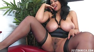 Naughty cougar Danica Collins enjoys ablaze with her renowned boobs